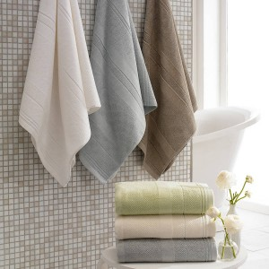 dirtiest places in your home bathroom-towels