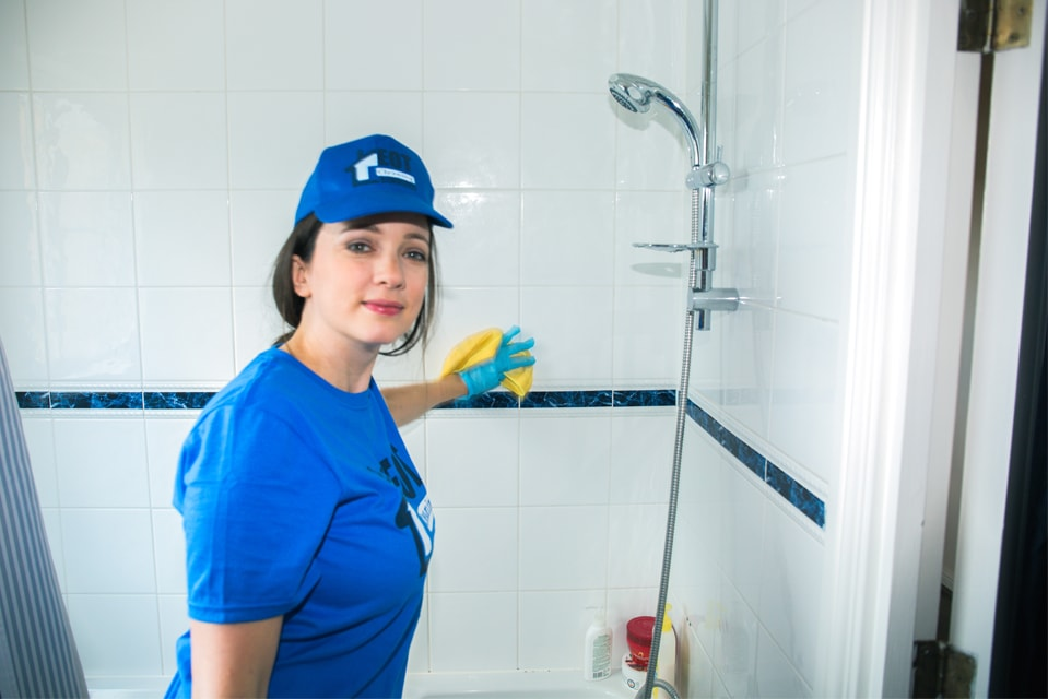 London Bathroom cleaning services