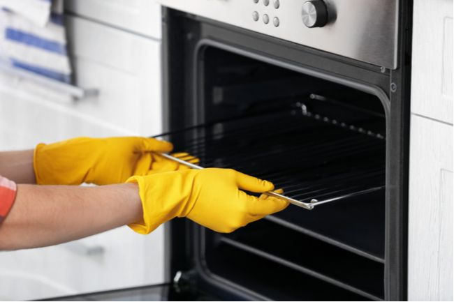 best way to clean oven racks without chemicals